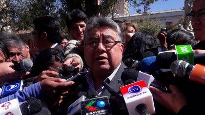 Bolivia detiene a un líder cooperativista en relación con la muerte del viceministro