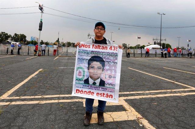 Conmemoración por los 23 meses de desaparición de los 43 nominalistas