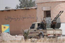 Turquía ataca las posiciones kurdas en la ciudad siria de Manbij