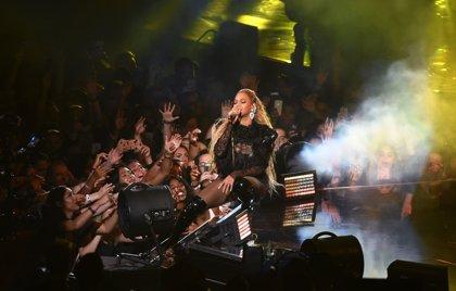 Vídeo de la vigorosa actuación de Beyoncé en los MTV Video Music Awards