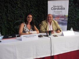 El Patronato de Turismo y la Asociación Amigos de los Patios renuevan su colaboración