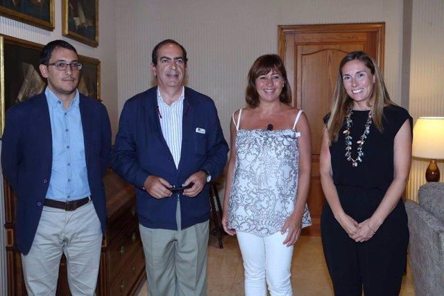 Negueruela y Armengol y representantes FAN Mallorca