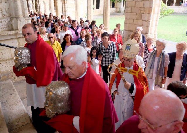 Procesión de las  reliquias de los Santos Mártires en Santander