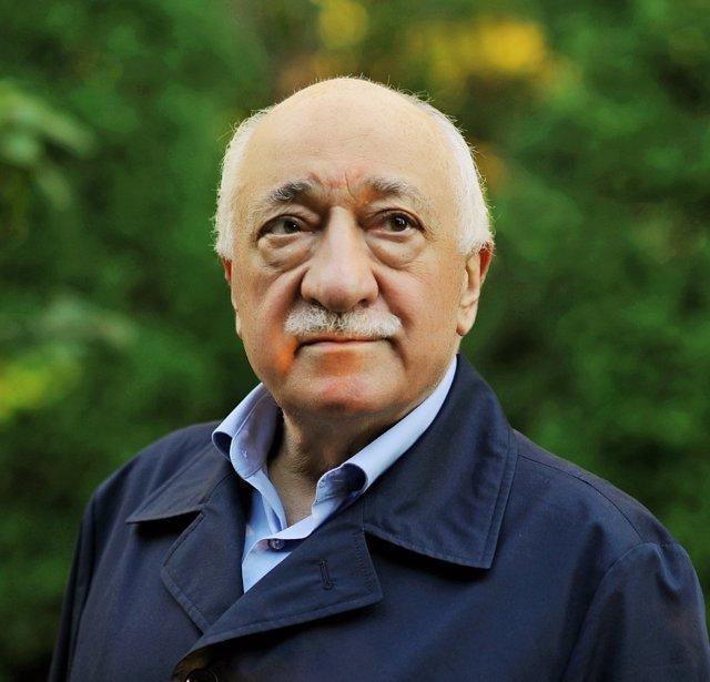El clérigo Fetulá Gulen