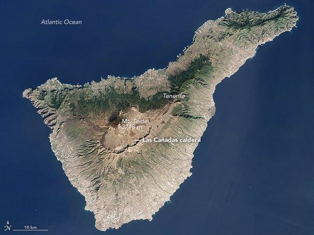 Imagen por satélite de Tenerife tomada por el Land Imager (OLI) del Landsat 8