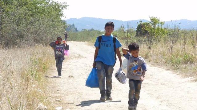 Denuncian situación de niños refugiados