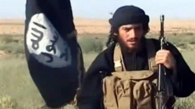 El portavoz del Estado Islámico, Abú Muhamad al Adnani