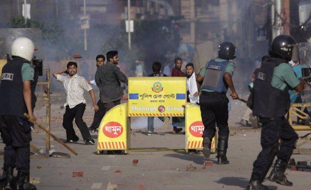 Manifestantes Del Partido Jamaat E Islami En Bangladesh