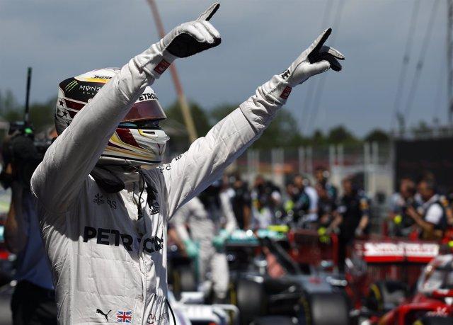 Lewis Hamilton pole GP España Montmeló