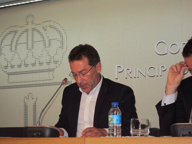 El consejero de Educación y Cultura de Asturias, Genaro Alonso
