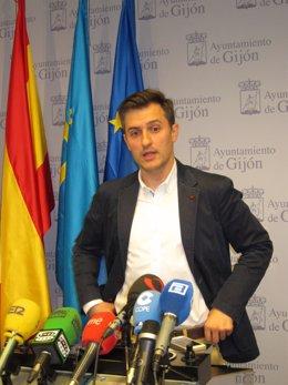 El portavoz del PSOE en el Ayuntamiento de Gijón, José María Pérez.