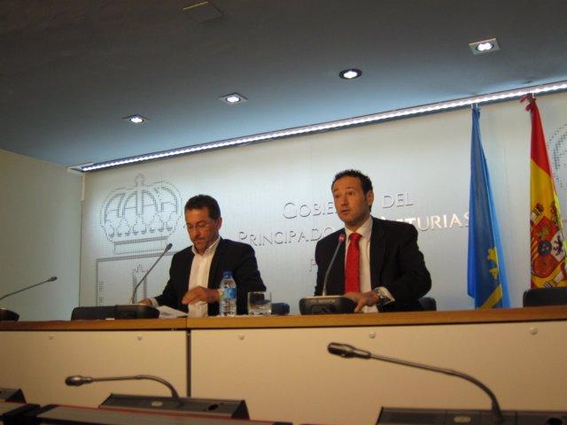 El consejero de Presidencia y el de Educación, Guillermo Martínez y Genaro Alons
