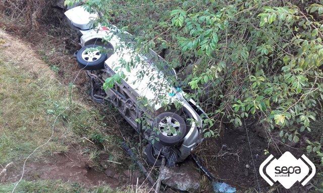 Accidente de tráfico en Grao.