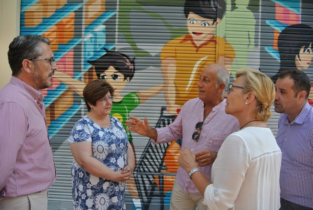 Fomento eliminará las pintadas de distintas calles del casco urbano