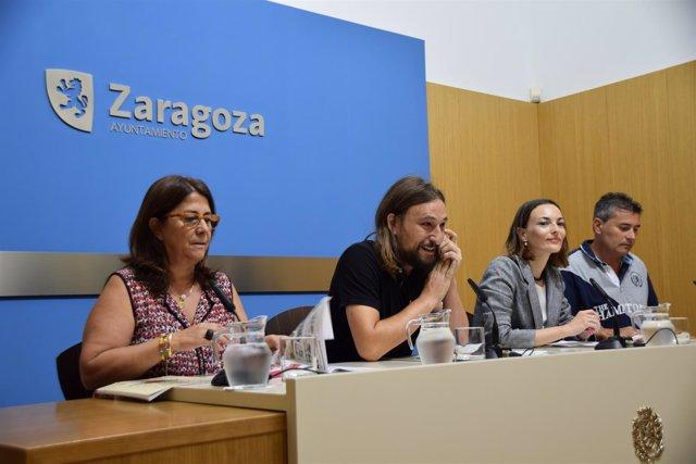 Cuqui Ariño, Pablo Híjar, Isabel Paricio y Carlos Carbó, en rueda de prensa.