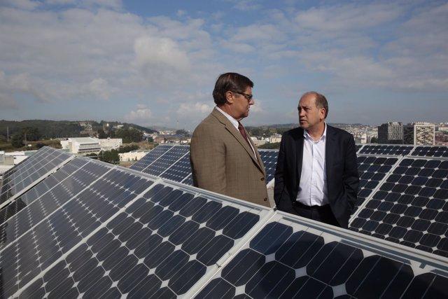 El candidato del PSdeG a la Xunta (derecha) con el rector de la UDC (izquierda)