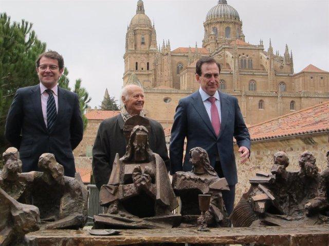 El escultor Venancio Blanco, en Salamanca