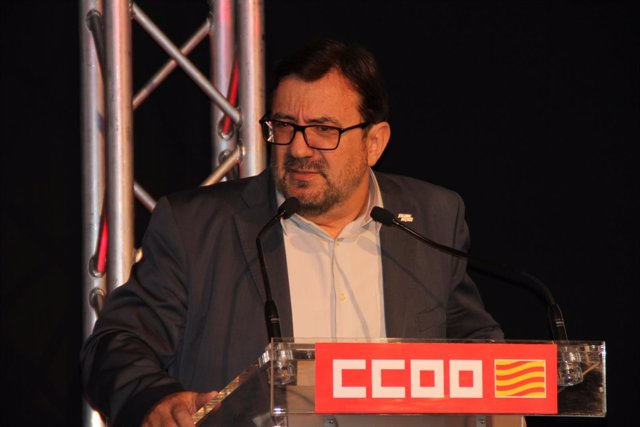 El secretario general de CC.OO.-Aragón, Julián Buey