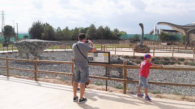 Zona temática de 'Tierra Magna' de Dinópolis Teruel