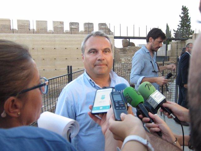 """El Alcalde De Badajoz Valora """"Positivamente"""" Que Se Haya Desconvocado La Huelga"""