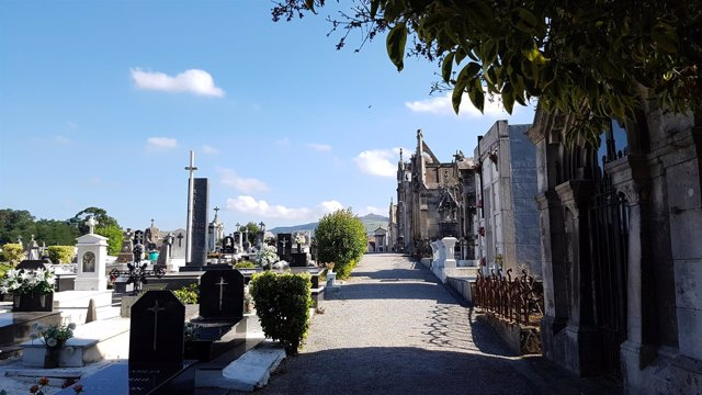 Nota Recordatorio Visitas Cementerio