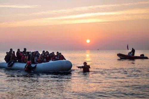 PROEM-AID RESCATANDO PERSONAS EN GRECIA