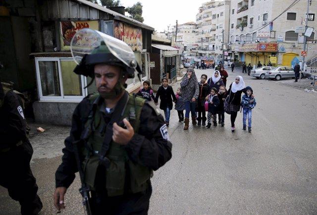 Soldados israelíes en Jerusalén Este