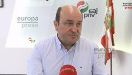 """PNV gobernará con quien llegue a un acuerdo serio y cree que EH Bildu y PSE suben """"decibelios"""" por miedo a Podemos"""