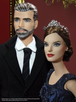 Barbie reina Letizia y Ken rey Felipe