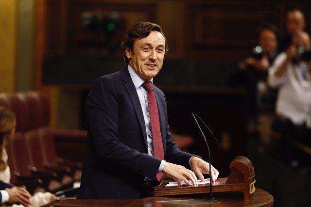 Rafael Hernando en el debate de investidura de Rajoy