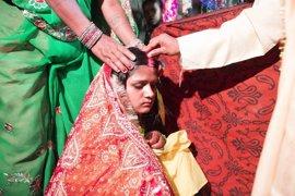 Al menos 39.000 niñas son obligadas cada día a casarse y abandonar el colegio