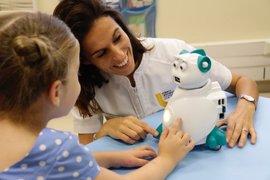 Un robot emocional, ayudante en la terapia para tratar trastornos por autismo