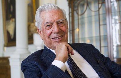 """Vargas Llosa: """"Nunca hemos tenido tantos instrumentos para combatir la pobreza"""""""