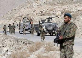 Los combates en Tarin Kot dejan seis agentes de Afganistán y 44 talibán muertos