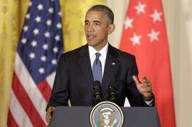"""Obama sobre Trump: no está cualificado para ser presidente, tiene """"ideas descabelladas"""""""