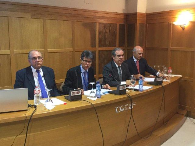 Mesa redonda sobre el plan de adherencia a los medicamentos