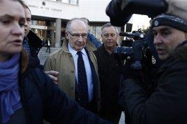 Rato defiende ante el juez la contratación de su excuñado y de su secretaria en Bankia