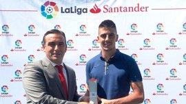 Serantes y Setién, mejor jugador y entrenador de LaLiga Santander en agosto