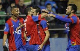 Levante y Zaragoza se juegan el liderato en el Ciudad de Valencia