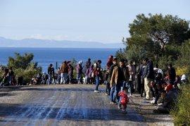 Turquía detiene a más de 600 inmigrantes y refugiados cuando intentaban entrar en Grecia