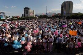 Miles de mexicanos salen a la calle para mostrar su rechazo al matrimonio homosexual