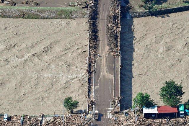 Inundaciones causadas por el tifón Lionrock