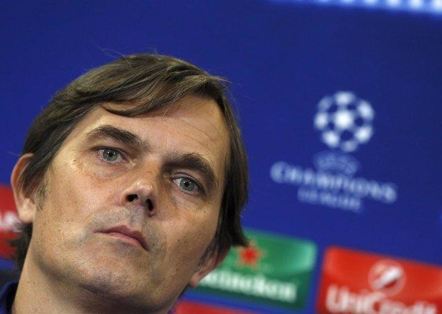 Phillip Cocu, entrenador del PSV