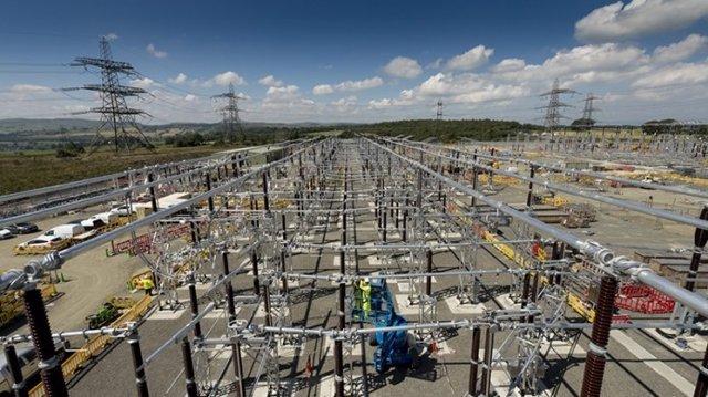 Ferrovial, líneas de transmisión eléctrica