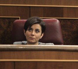 El PSOE dice a Vara que puede levantar el teléfono para llamar a Sánchez y pide no hacer debate ante los micrófonos