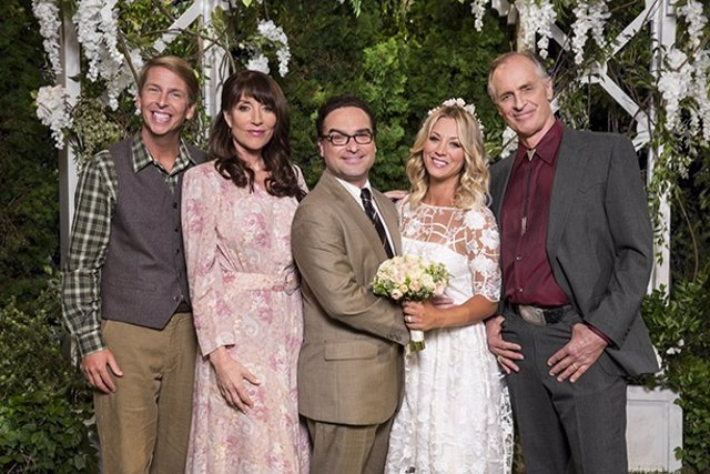 Leonard, Penny y su familia en la 10ª temporada de The Big Bang Theory