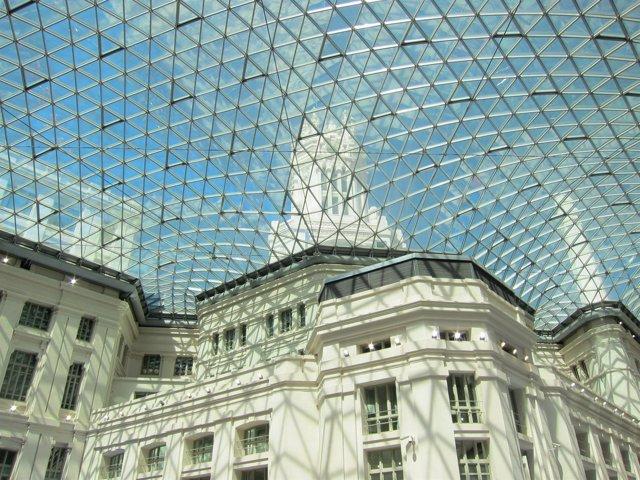 Cúpula De La Galería De Cristal Del Palacio De Cibeles De Madrid