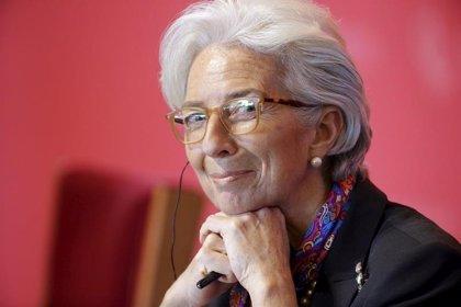 """Lagarde se muestra """"profundamente preocupada"""" con las medidas proteccionistas de Trump"""