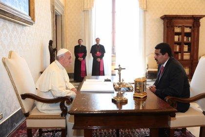 Maduro desvela que el Papa Francisco ha expresado su apoyo al diálogo en Venezuela