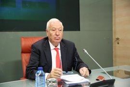 """Margallo avisa a Puigdemont que el referéndum """"no cabe en ninguna Constitución del mundo"""""""